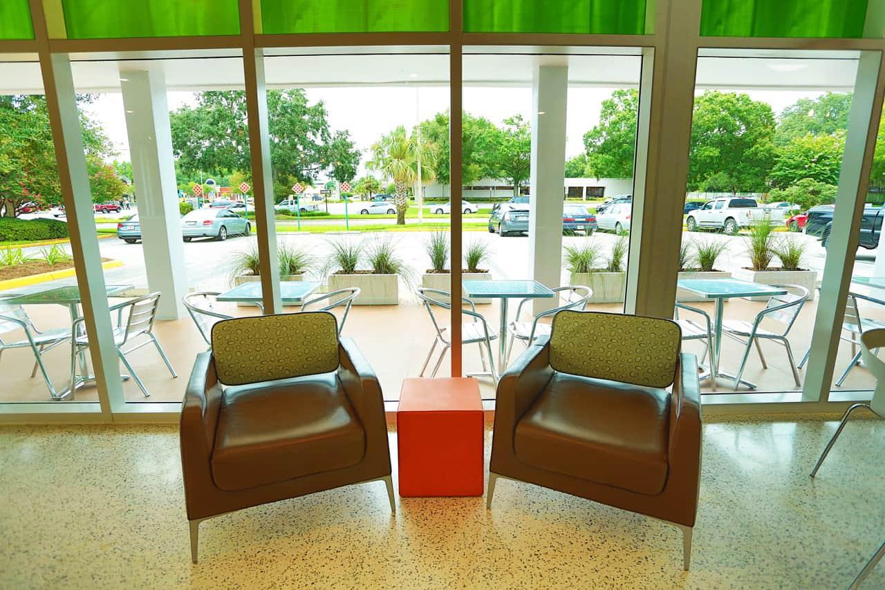 Evos Restaurant lounge