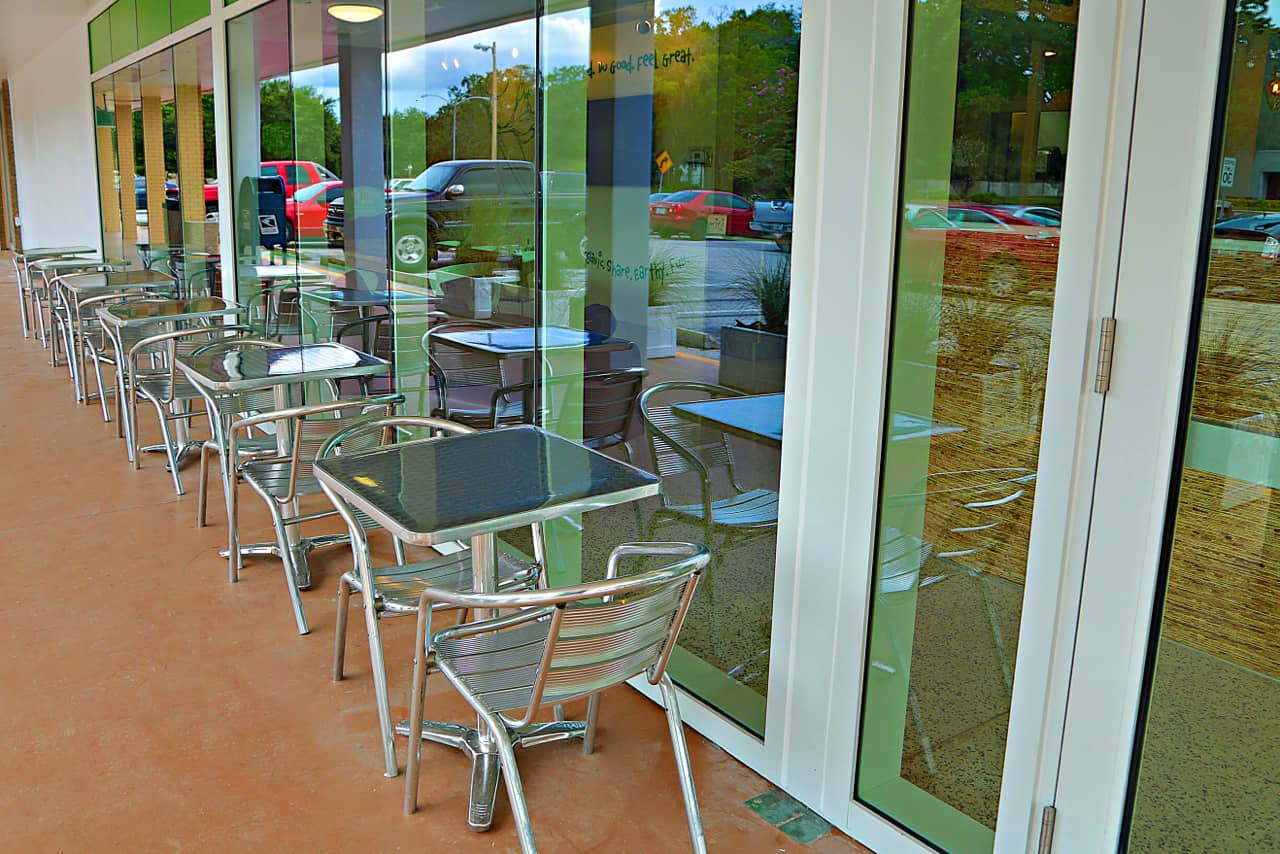 EVOS patio | Healthy Restaurant